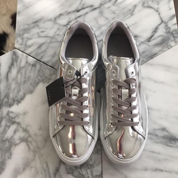 24452f2ad62e Zara Man Metallic Silver Trainers   Sneakers 43